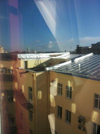 Solo Sokos Hotel Palace Bridge: Вид из окна с 6-го этажа