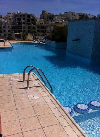 Maritim Antonine Hotel & Spa : Roof Top Pool