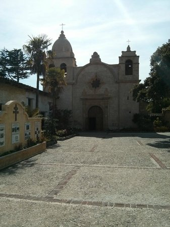 Carmel Mission: The Basilica from the outside