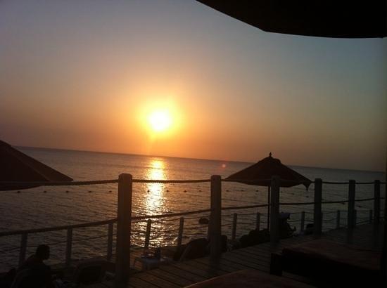 Royal Decameron Barú: Atardecer en Baru : esta es una de las maravillosas puestas de Sol !!!