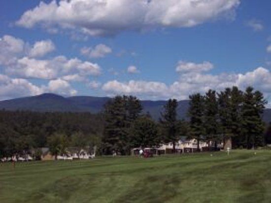The Bethel Inn Resort : Luxury townhomes with beautiful mountain vistas.  Perfect for families and couples traveling tog