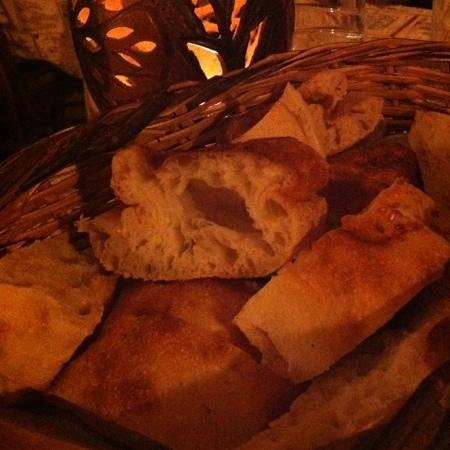 Topdeck Cave Restaurant: best bread I had in turkey