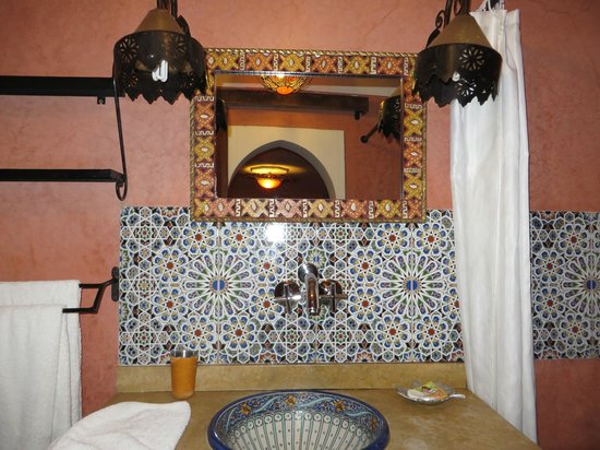 Riad Andalla: Suite Chems