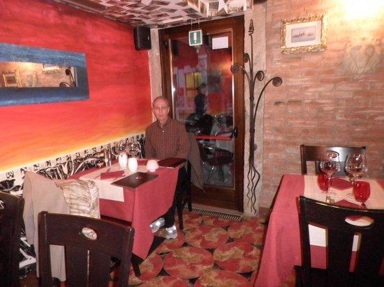 Ca' Leon: Inside dining room.
