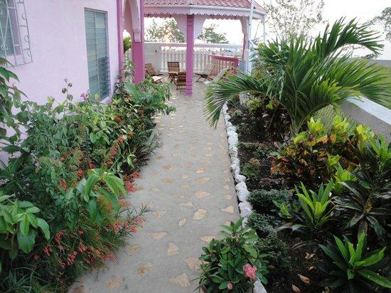 Beya Suites: Garden Gazebo