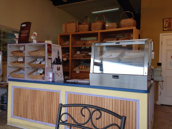 Chez Lezan Bakery: Looks small but many pastries to please anyone! Coffee is also available.