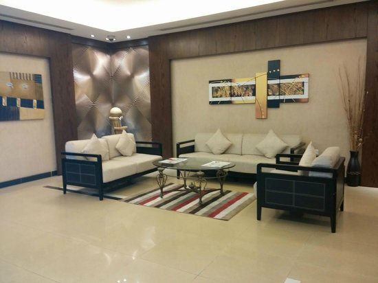 Liberty Suites Hotel - Doha: Reception