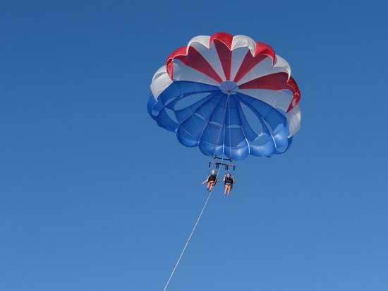 Marco Island Water Sports: Soaring over the Gulf on a Parasail
