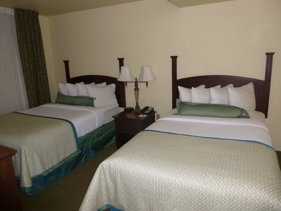 Staybridge Suites Denver International Airport : Bedroom