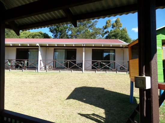 Karri Forest Motel : The rooms that overlooked the BBQ and Pool