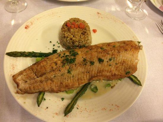 Cafe du Soleil: Filet de fera  (fish from Lake Leman)