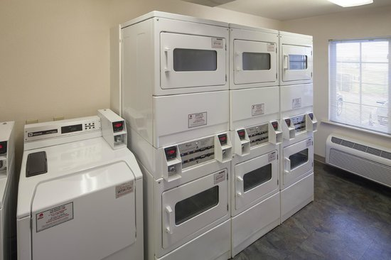 Value Place Indianapolis, Indiana (Lawrence): Guest laundry