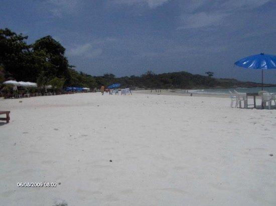Ploy Talay Resort: Plage