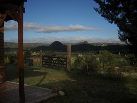 Brisas de Nono: Vista desde la puerta de la cabaña