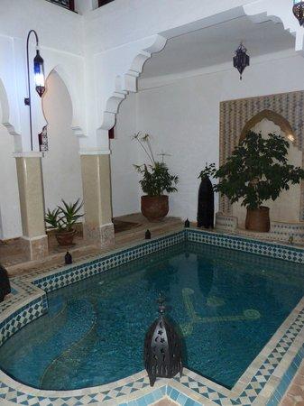 Riad Les Jardins Mandaline: Le coin piscine