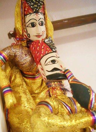 Buzzaria Dukaan: Puppets - Katputhli Couple Maharaja and Maharani