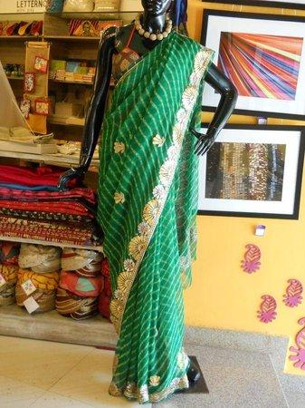 Buzzaria Dukaan: Indian Sari