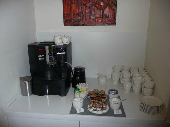 Fraser Residence Budapest: Jura Kaffeemaschinen