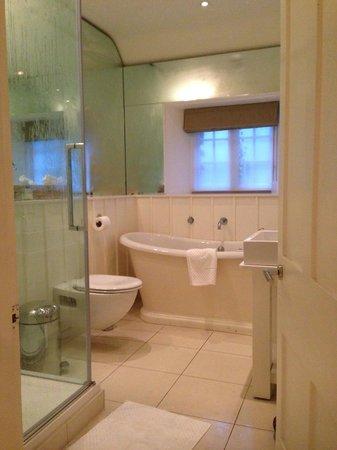 Barnsley House: Beautiful bathroom!