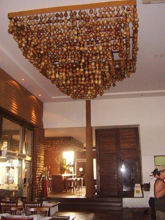Camarões Midway Mall: Vista interna do Restaurante