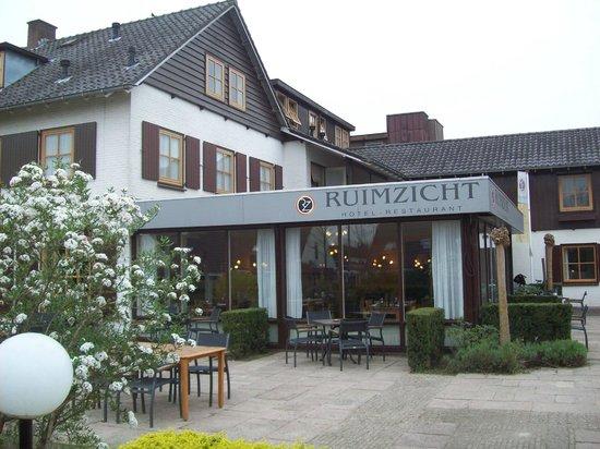 Hotel Restaurant Ruimzicht: Außenansicht