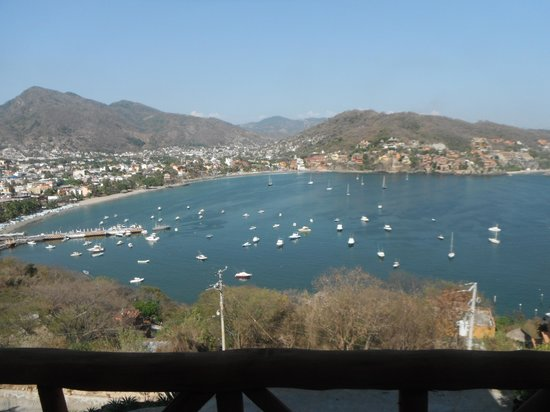 Zihuatanejo Bay : Zihua Bay