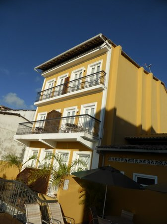 Hotel Casa do Amarelindo : The rear of the hotel (overlooking the sea)