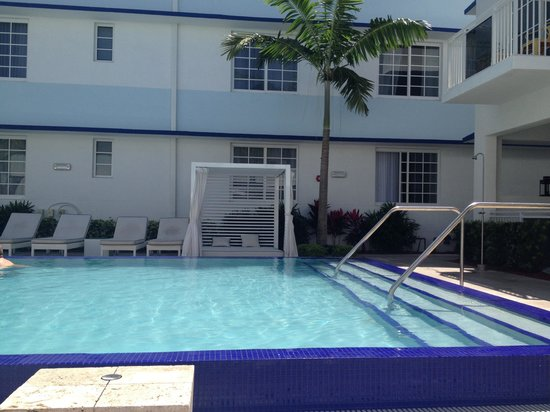 Pestana Miami South Beach : Piscina