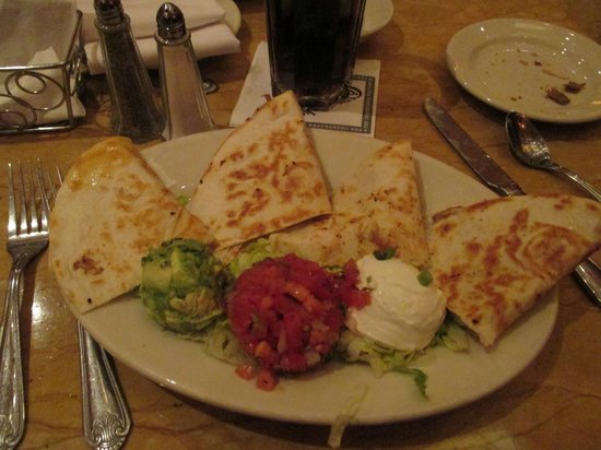 quesadilla with chicken yummy picture of the. Black Bedroom Furniture Sets. Home Design Ideas