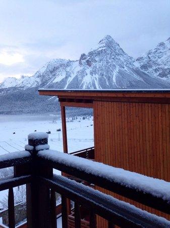 Hotel MOHR life resort: Neuer Schnee auf unserem Balkon