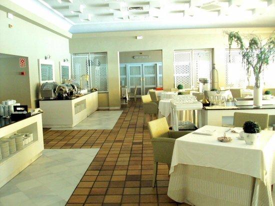 Hotel Jerez & Spa: Comedor para desayunos.