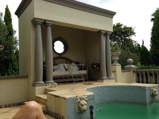 Villa Lugano Guesthouse : pool