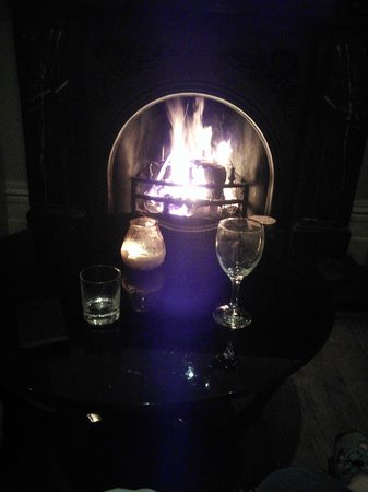 The Cornwall Hotel Spa and Estate: open fire in lounge tonight