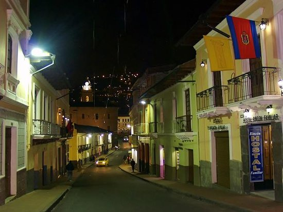 Exterior Hostal Rincon Familiar, calle Flores