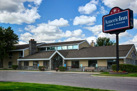 AmericInn Lodge & Suites Bemidji: EXTERIOR VIEW