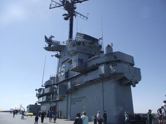 USS LEXINGTON : Super Structure