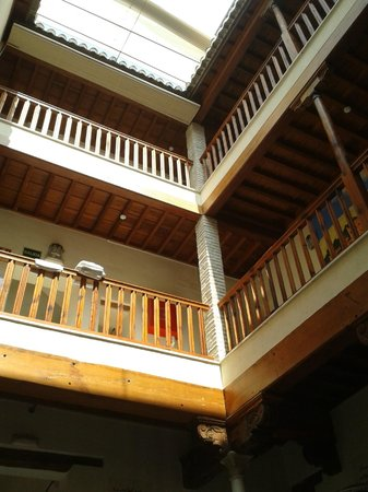 White Nest Hostel Granada: The inner courtyard