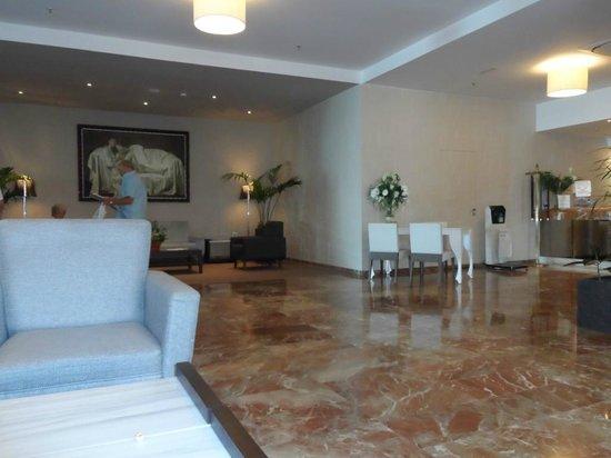 Angela Hotel: Main Reception Area