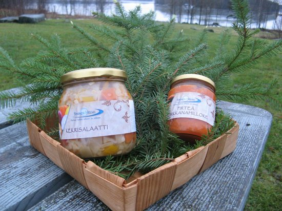 Sininen Helmi uses the best seasonal products from carefully selected local suppliers.
