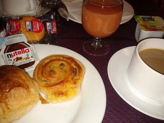 Comfort Hotel Paris La Fayette : colazione