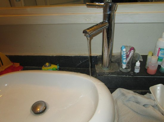 IFA Villas Bavaro Resort & Spa : out of sink