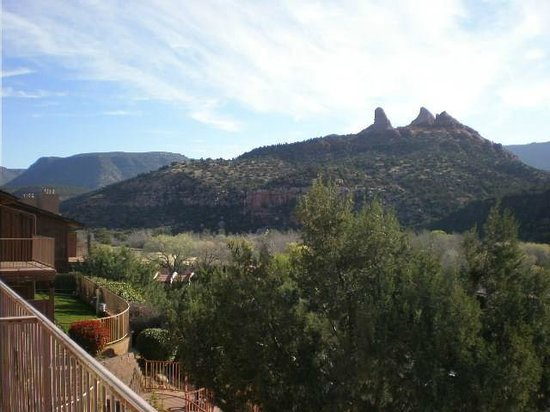 The Orchards Inn of Sedona : View from our patio to NorthEast