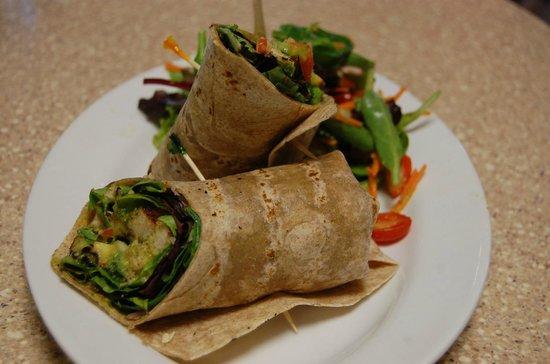 Green Leaf Vegetarian & Vegan Restaurant: Southwest Wrap