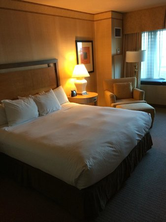 Hilton Santa Clara: Guest room