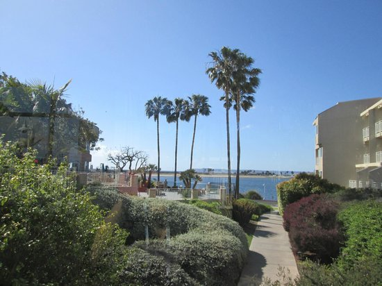 Loews Coronado Bay Resort: view from one of the halls