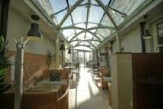 GlassHouse at the Salutation Inn: The GlassHouse
