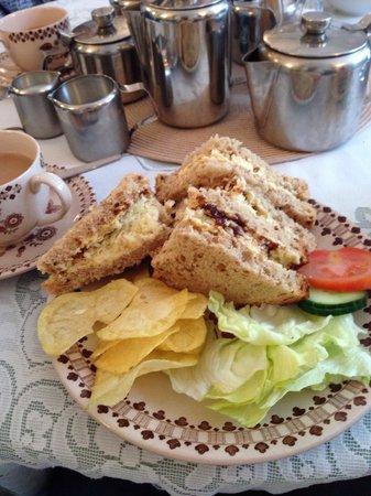 St James Tearoom: Amazing sandwiches.