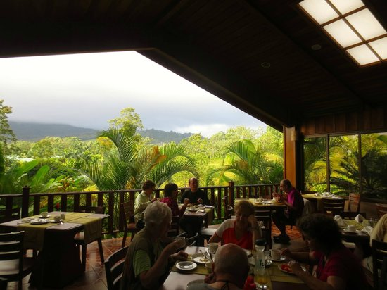 Arenal Manoa Hotel: View from restaurant
