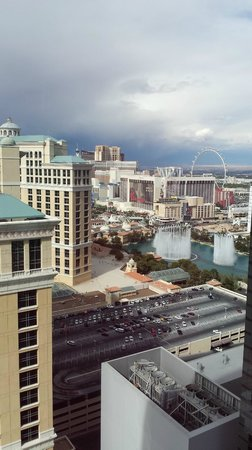 Vdara Hotel & Spa : view from our room