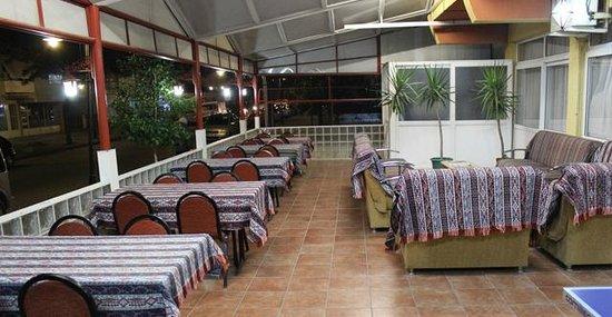 Cenka Hotel: restoran 2